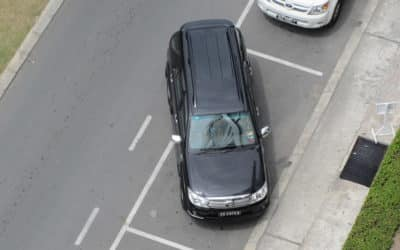 How to Parallel Park a Car in 9 Steps